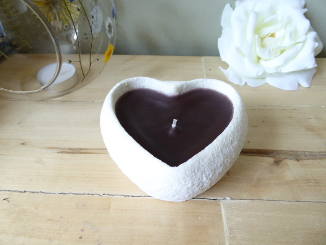 hot chocolate scented handmade sand candle