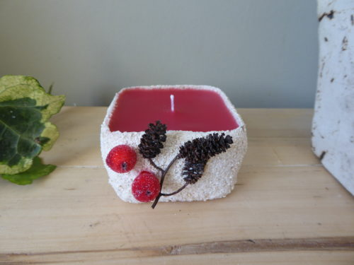 winter season scented sand candle
