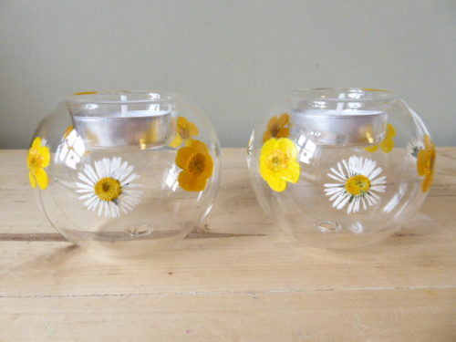 buttercup and daisy glass tea light holders